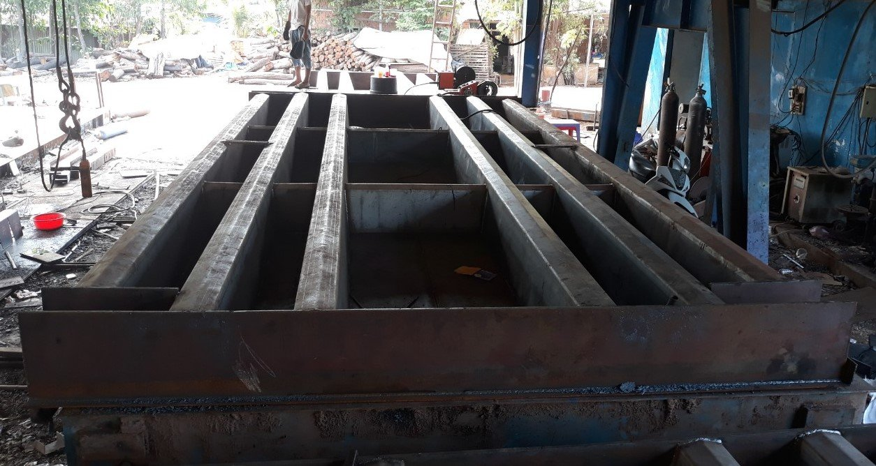 Khung bàn cân 30 tấn